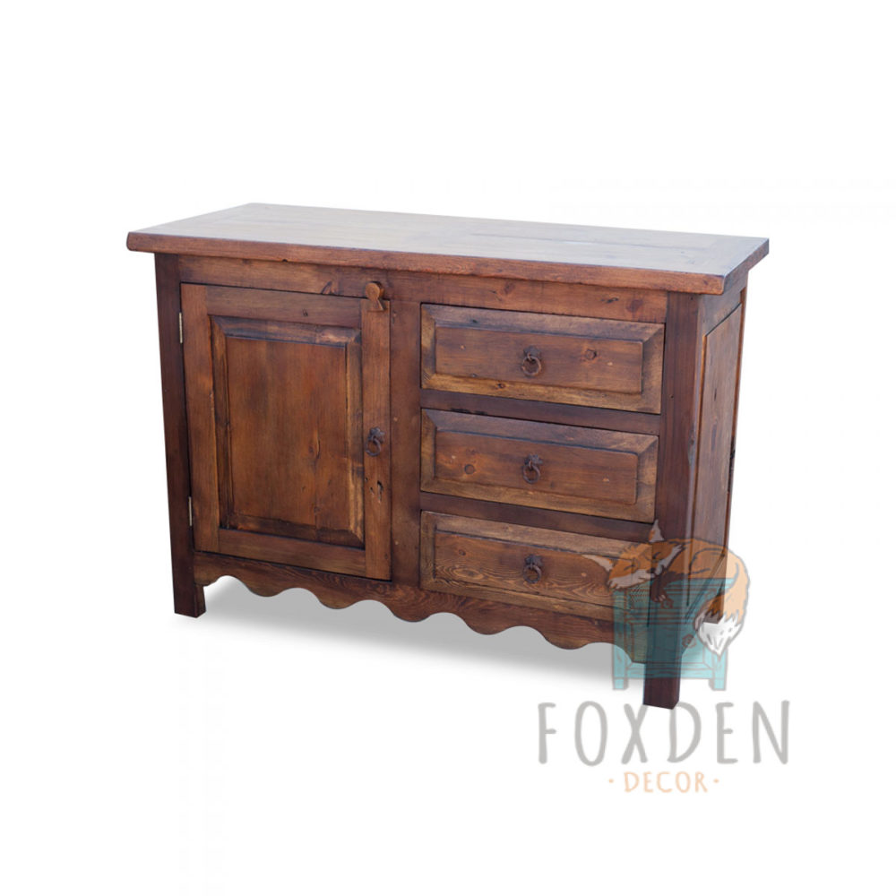 vanity with 3 drawers